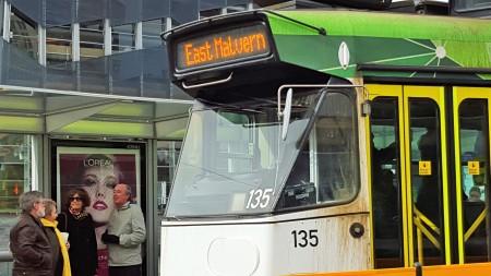 L'Oreal tram edit